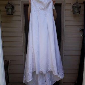 NWT Wedding Dress Bridal Originals Beaded 10
